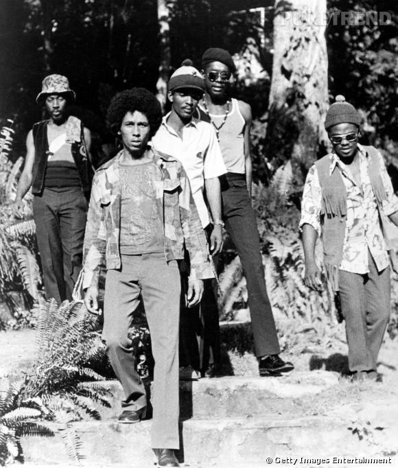 À une époque, Bob avait une coupe afro. Une allure ultra 70's qui lui va bien.