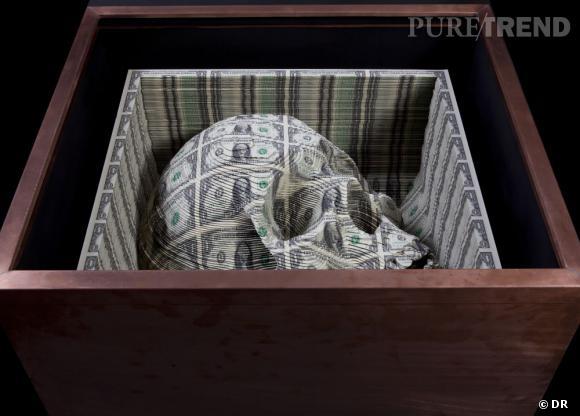 Scott Campbell, Noblesse Oblige, 2011, billets de banques coupés et empilés.