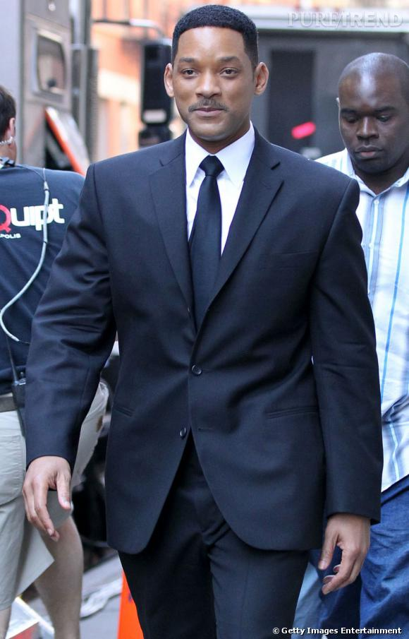 """4ème du classement :   Will Smith, un """" Men in Black """" au top du style et au top de sa carrière d'acteur et de producteur."""