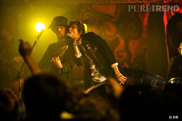 """Les rockers du film """"Killing Bono""""."""
