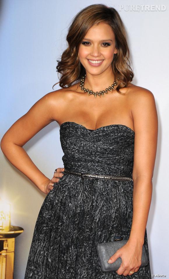 Jessica Alba aux NCLR ALMA Awards à Los Angeles.
