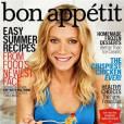 """""""Bon Appétit"""" suggère Gwyneth Paltrow, plat de nouilles à la main. Pas la peine de tout le temps jouer sur le sex-appeal avec la nourriture. Non ?"""