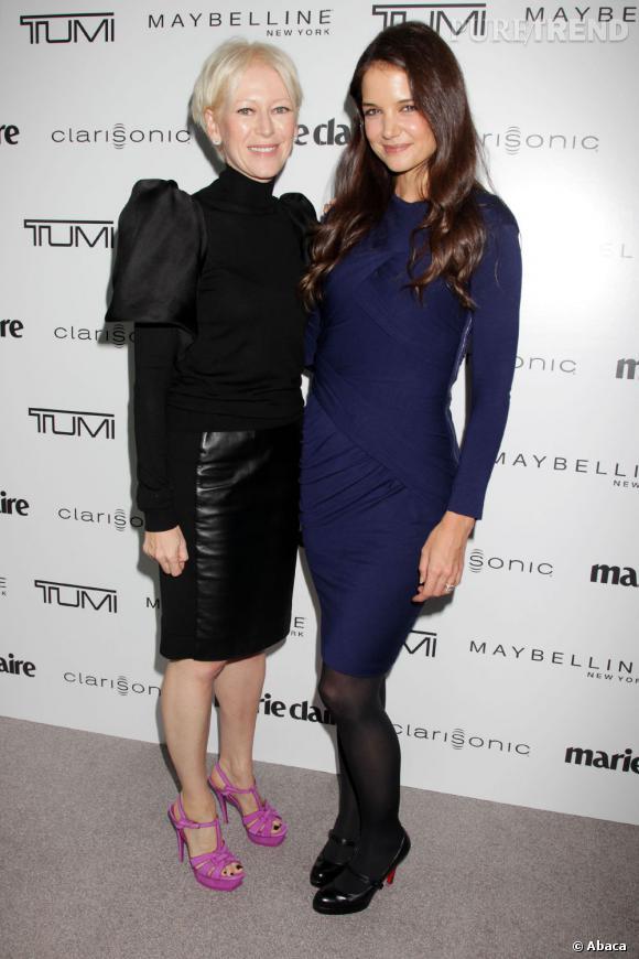 Katie Holmes au côté de Joanna Coles, rédactrice en chef de Marie-Claire US.
