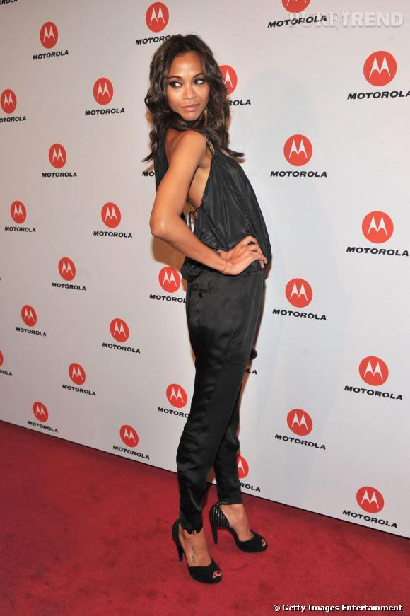 Zoe Saldana organise la soirée Motorola à New York.
