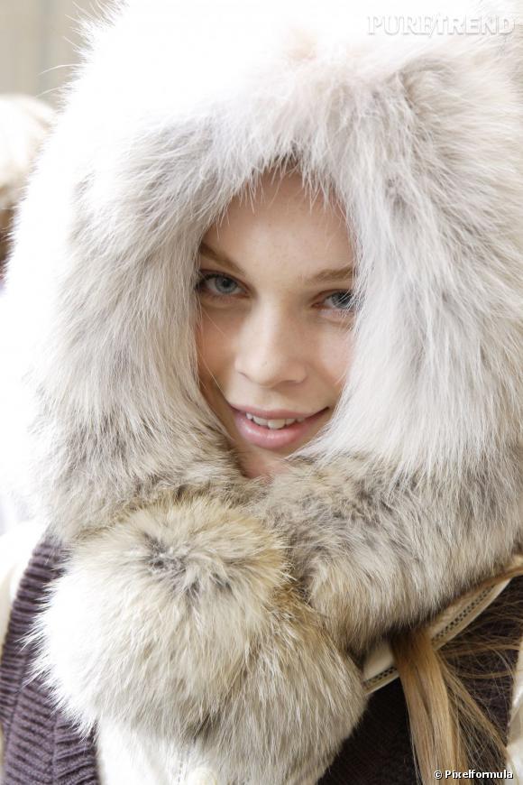 Halte à la peau déshydratée et à la chevelure sèche comme de la paille. Découvrez tous les soins spécial sports d'hiver.