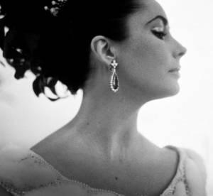 Les trésors Haute Couture d'Elizabeth Taylor : les enchères s'envolent !
