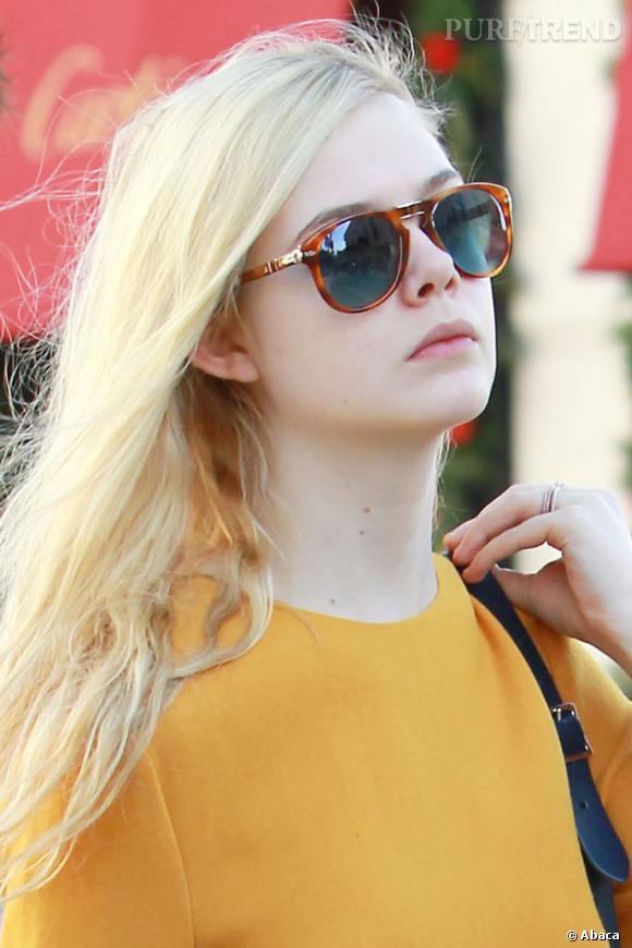 Elle Fanning sur Rodeo Drive à Los Angeles.