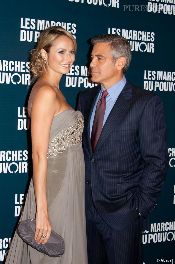 """La bonne résolution de George Clooney  : Pour George, à chaque année sa dulcinée mais à 50 ans, il serait peut être temps de penser à se caser.  Même si """"Mr. What Else's"""" n'est pas vraiment seul dans la vie, ce ne  sont pas ses meilleurs copains Matt Damon et Brad Pitt qui lui feront  boire de la soupe lorsqu'il n'aura plus de dents."""