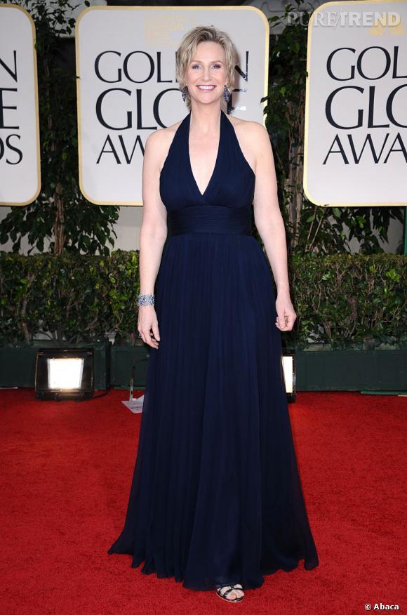 """Jane Lynch nous fait beaucoup rire lorsqu'elle joue la prof tyranique dans """"Glee""""."""