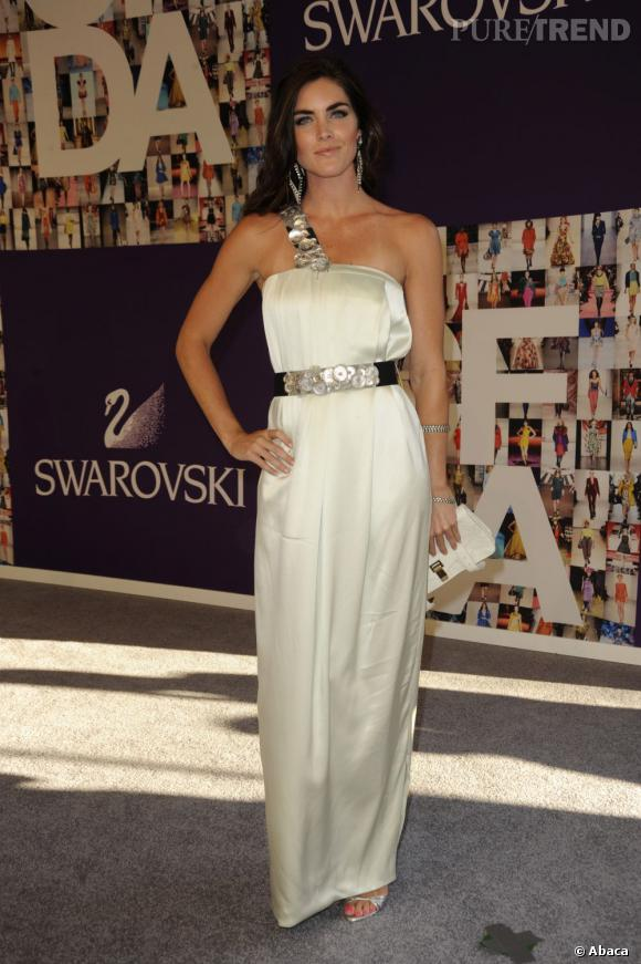 Aux CFDA 2010, le top fait des ravages en robe de déesse Rachel Roy.