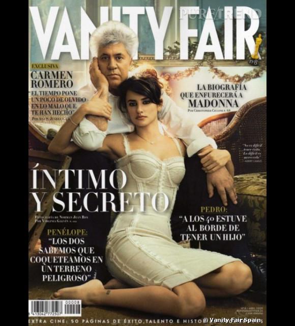 Joli duo de Pedro Almodovar et de sa muse Penelope Cruz pour Vanity Fair Espagne.