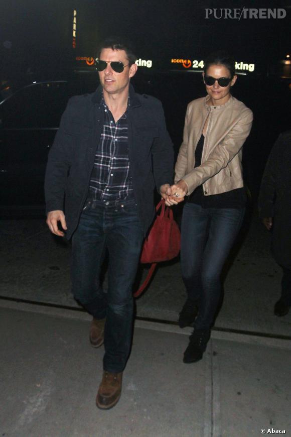 """Tom Cruise et Katie Holmes sont mariés depuis 5 ans et semble toujours aussi amoureux. Récemment, l'acteur a d'ailleurs déclaré que sa femme était """"tout pour lui"""". Une belle preuve d'amour."""