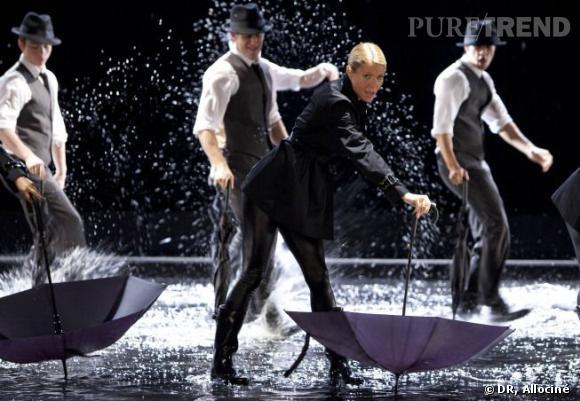 """Dans la série, Gwyneth Paltrow interprète aussi le titre """"Umbrella"""" de Rihanna."""