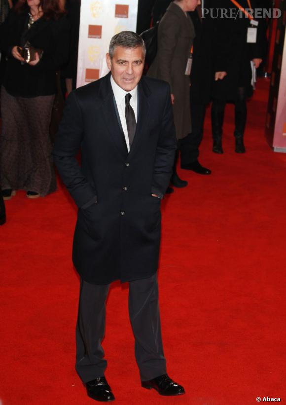 George Clooney a froid mais reste chic.