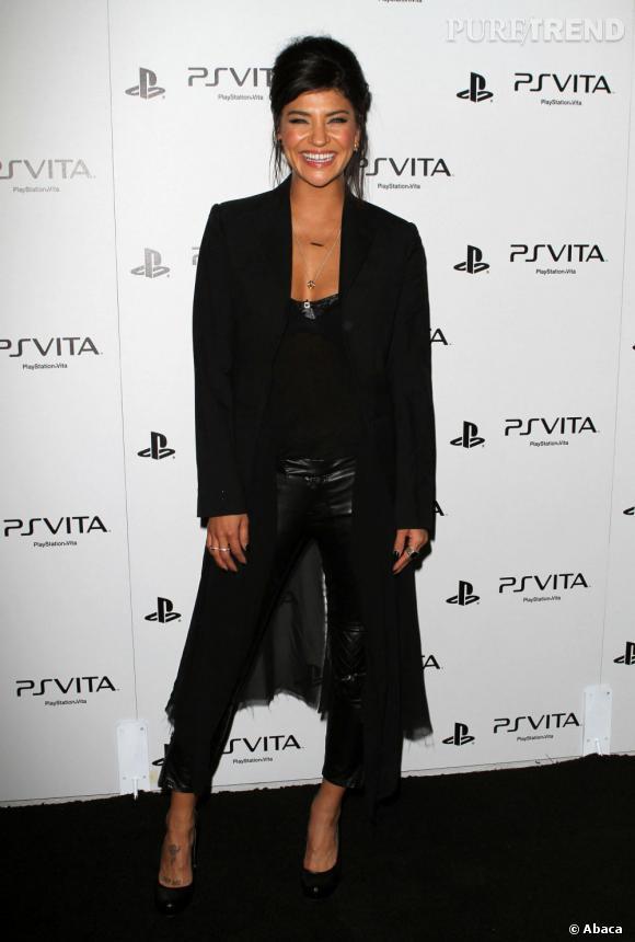 Jessica Szohr à la soirée de lancement de la PS Vita à Hollywood.