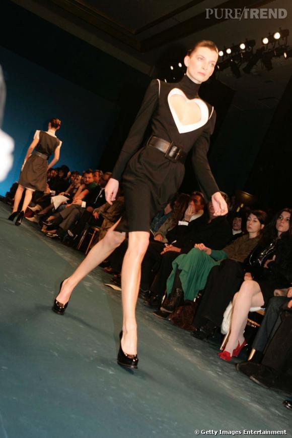 Défilé Yves Saint Laurent automne-hiver 2005-2006