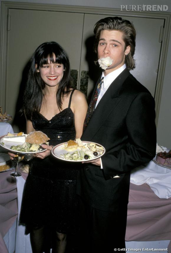 De 1986 à 1990, Keanu Reeves sort avec Jill Schoelen, également une des ex de Brad Pitt. On ne s'embête pas !