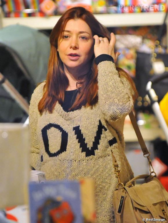 Alyson Hannigan fait les magasins avec sa fille.