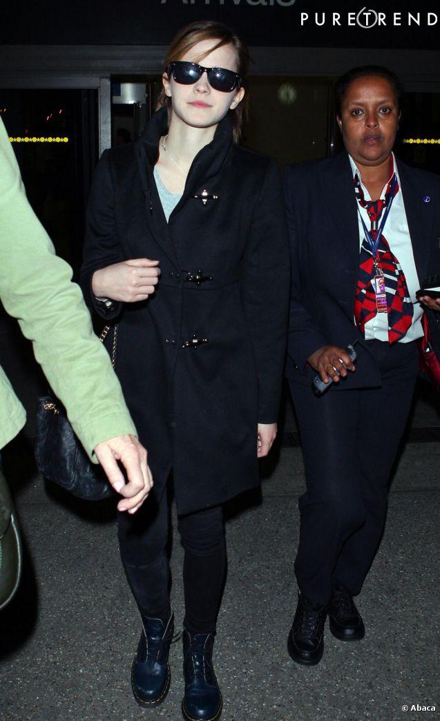 Emma Watson à l'aéroport de Los Angeles.
