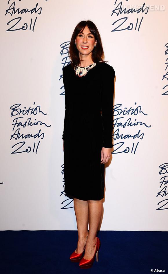 Les soirées :   Samantha Cameron est conviée aux évènements les plus hypes organisés à Londres. Dont entre autre les British Fashion Awards. Et oui.