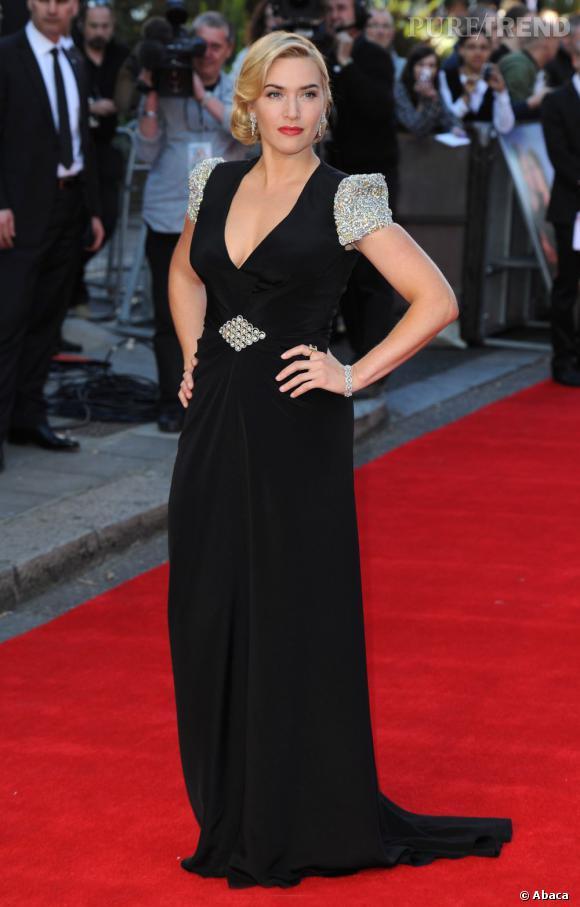 Kate Winslet, une héroïne rétro en Jenny Packham.