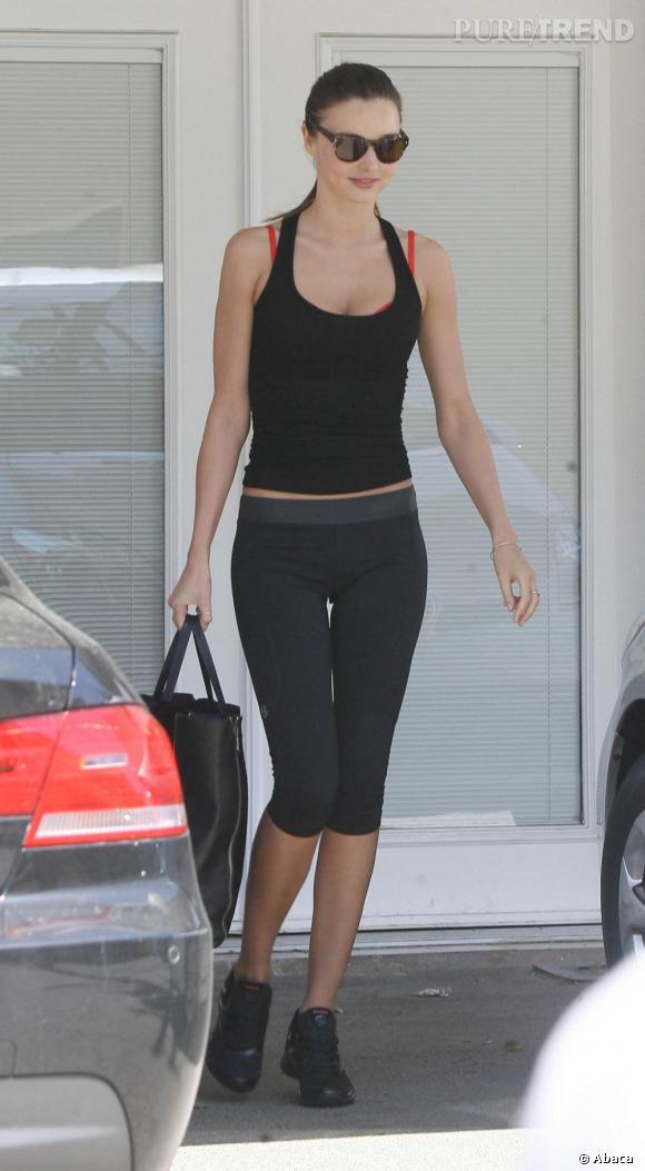 Une silhouette de top que Miranda Kerr semble bien décidée à entretenir.