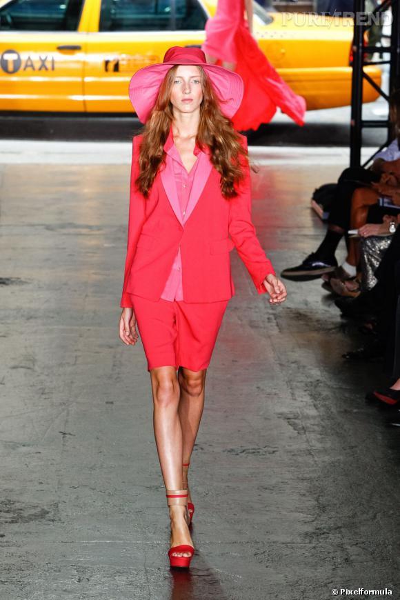 Défilé DKNY printemps-été 2012