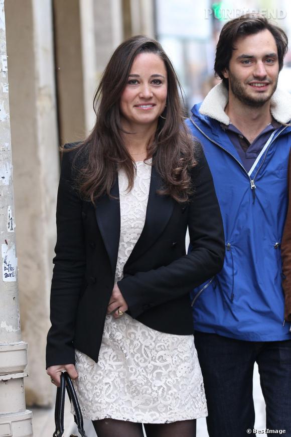 Pippa Middleton dans les rues de Paris.