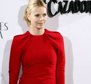 Charlize Theron, rouge passion