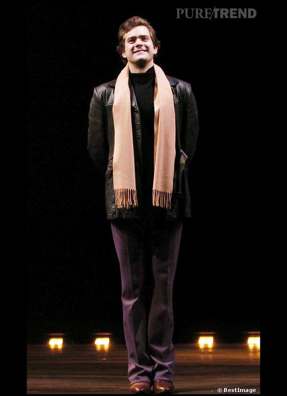 En 2005 :  Joshua Jackson se fait plus mature et plus chic pour fouler les planches du théâtre Apollo à Londres.