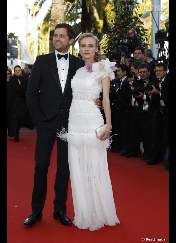 En 2012 :  à Cannes cette année, Joshua Jackson et Diane Kruger forment l'un des couples les plus glamour du red carpet.