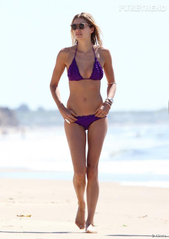 Jessica Hart a bien mérité son statut de mannequin Sports Illustrated.