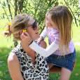Heidi Klum passe du temps avec sa fille, aux petits soins pour coiffer et décorer sa maman