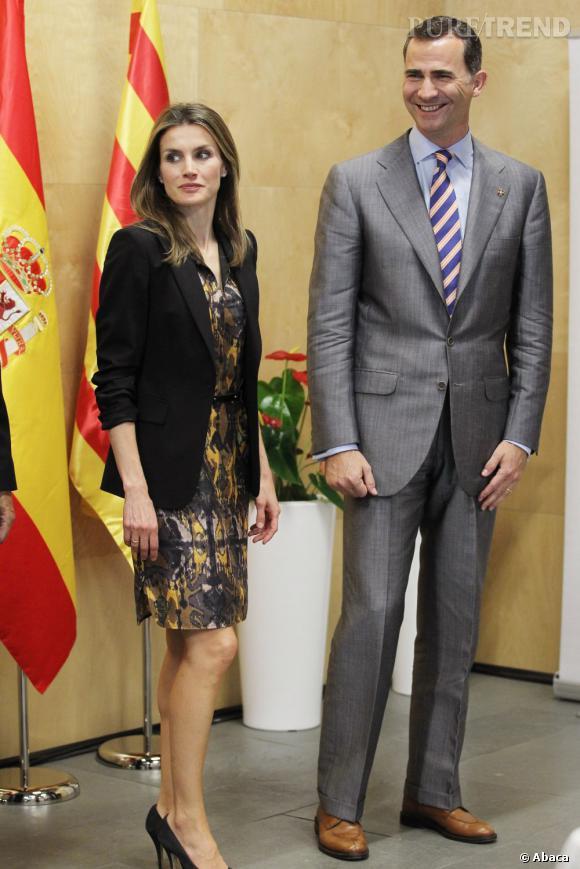 Letizia Ortiz chic et choc lors d'une rencontre officielle à Madrid.
