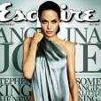 Angelina Jolie joue les Marilyn Monroe de façon nettement plus sulfureuses pour Esquire.