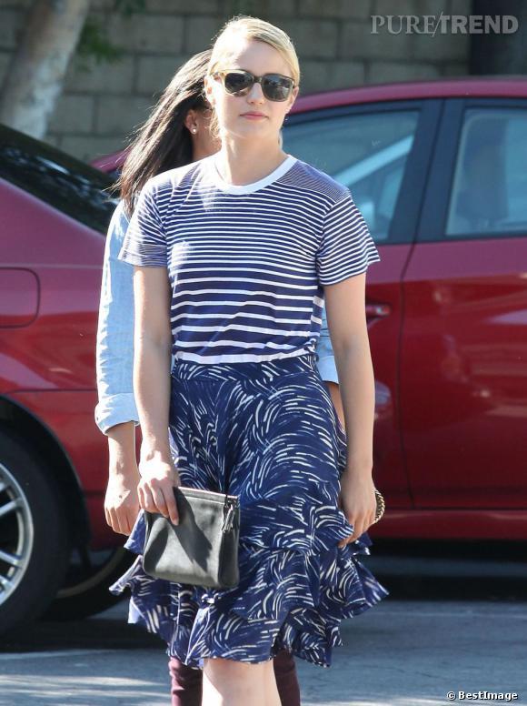 Dianna Agron brille dans les rues de Los Angeles.