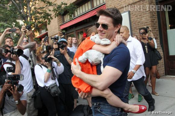 Suri et Tom Cruise, l'instant calin.