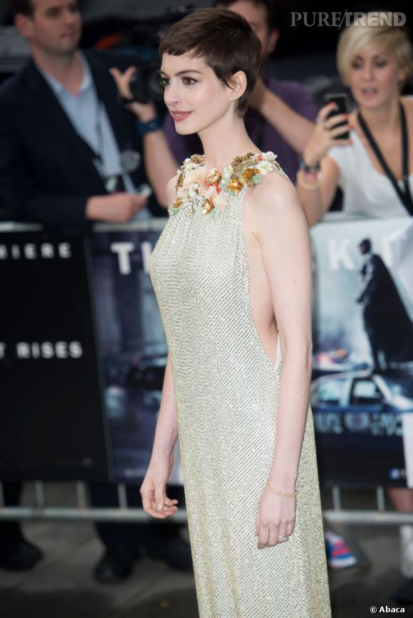 "Anne Hathaway à la première londonienne de ""The Dark Knight Rises""."