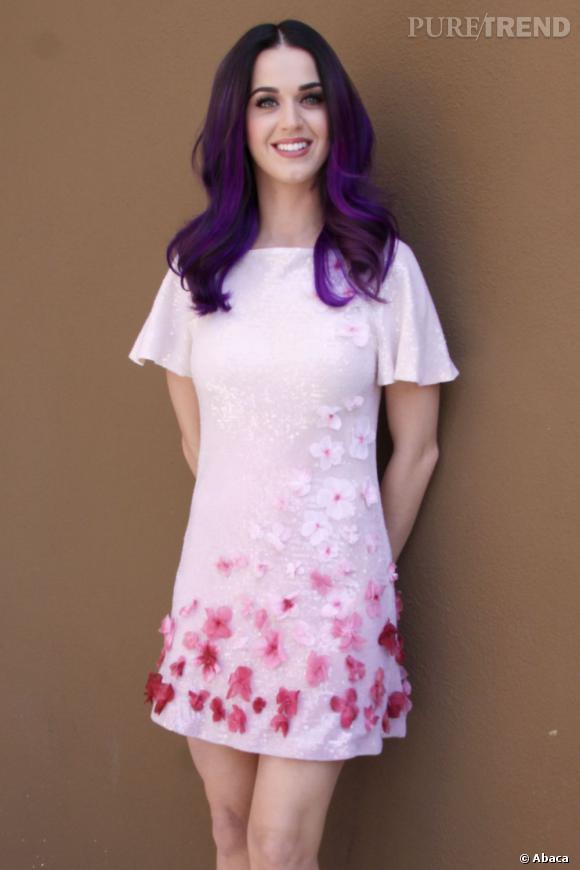 """Dans la catégorie """"Je veux la même peau que"""" : Katy Perry      La peau claire et le teint diaphane font apparement fureur chez les clientes des cabinets d'esthétique. Nombreuses sont celles à prendre exemple sur Katy Perry."""