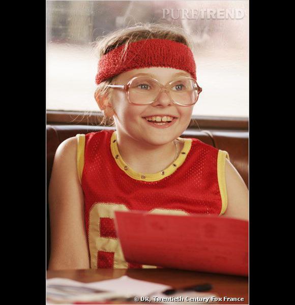 """Petite fille pleine d'entrain, Abigail Breslin est l'héroïne de """"Little Miss Sunshine"""". Lunettes moches, coiffures approximatives et tenues improbables, la jeune actrice n'est pas franchement embellie..."""