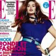 """Robyn Lawley en une du magazine ELLE spécial """"Ronde et Fashion""""."""