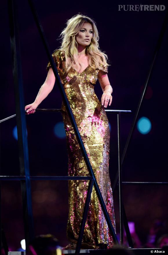 Reine de la mode britannique, Kate Moss n'a rien perdu de sa classe légendaire.