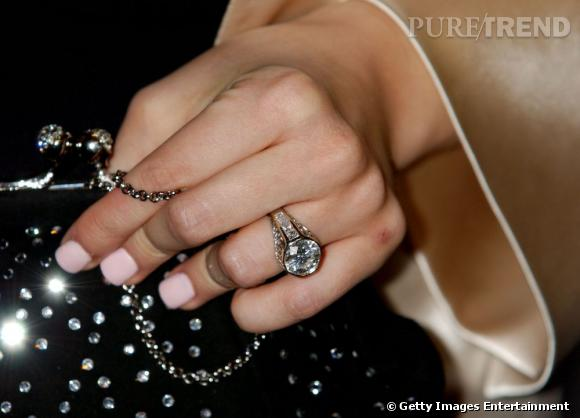 La bague de fiançailles de Christina offerte par Jordan en 2005.