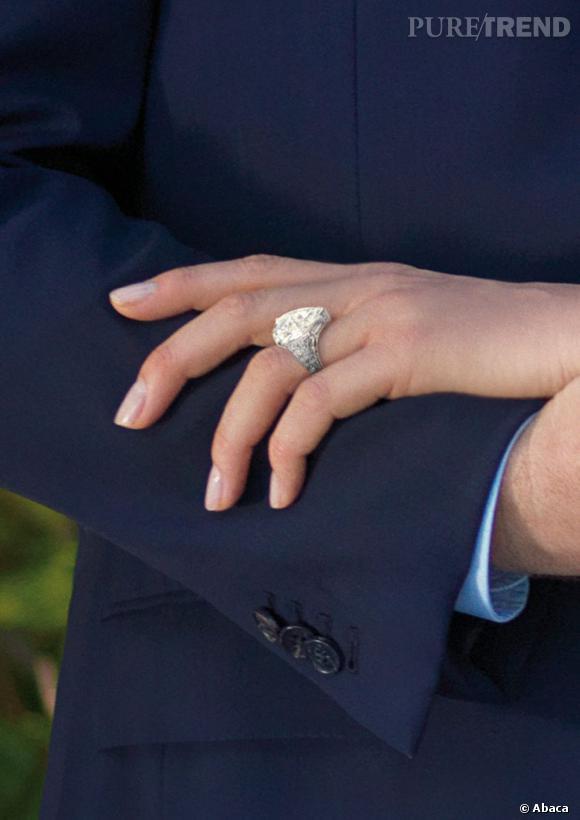 La bague de fiançailles de Charlene presque aussi imposante que celle de Kim Kardashian.
