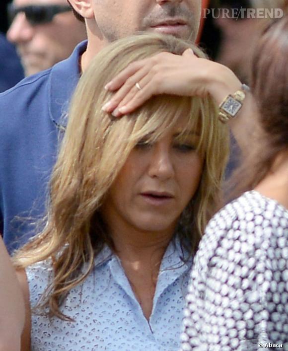 La fameuse bague de Jennifer encore très rare sous les flash.