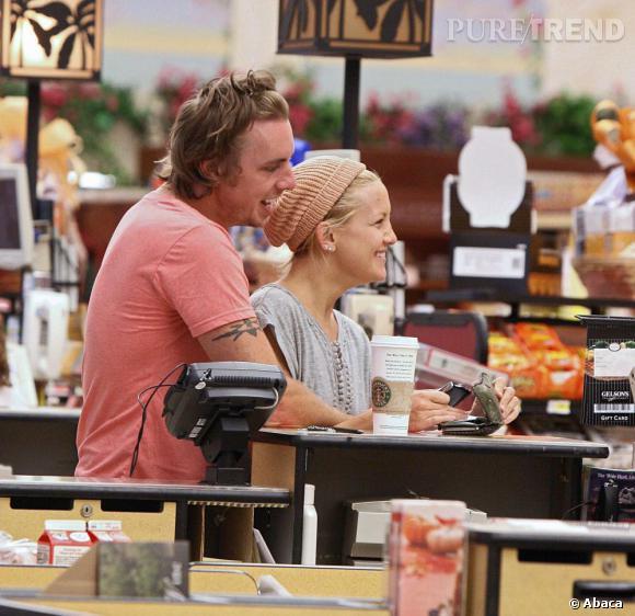 Avant de rencontrer Kristen, l'acteur est sorti 3 mois avec Kate Hudson. Bizarrement, c'est à ce moment là que les médias ont commencé à vraiment parler de lui