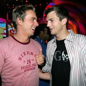 Dax Shepard a su se lier d'amitié avec les bonnes personnes, comme Ashton Kutcher