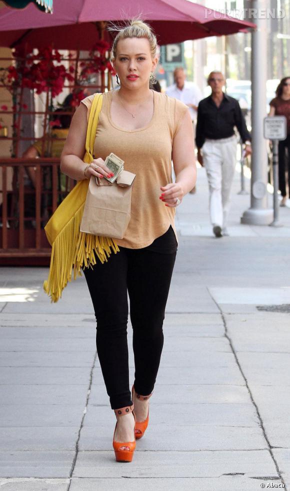 La rumeur la plus absurde ? Celle concernant Hilary Duff. La pauvre actrice serait en effet tombée du haut d'une falaise en Nouvelle Zelande. Les gens ont beaucoup d'imagination.