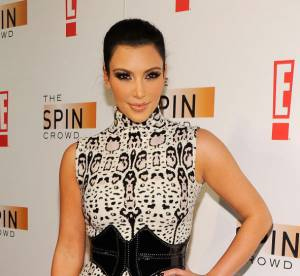 Kim Kardashian VS Kendall Jenner : la robe imprimee Azzedine Alaia