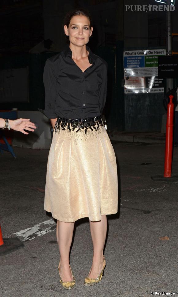 Katie Holmes se rend aux Style Awards à New York.
